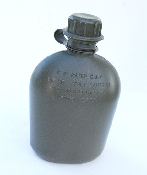 US GI Issue Plastic 1 Quart Canteen - Olive Drab