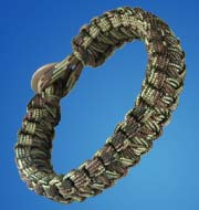 Paracord Survival Bracelet -- Multicam camo