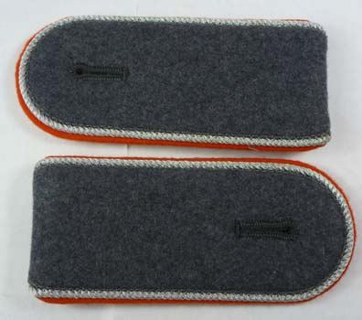 German Army Bundeswehr Post-1962 Officer's Shoulder Boards w/ Orange Piping